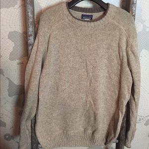 Patagonia men's Lambswool sweater L GUC